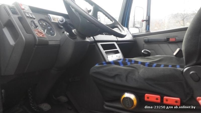 Mercedes T2 709D