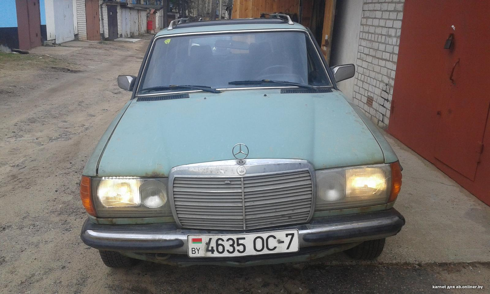 Mercedes E240 W123