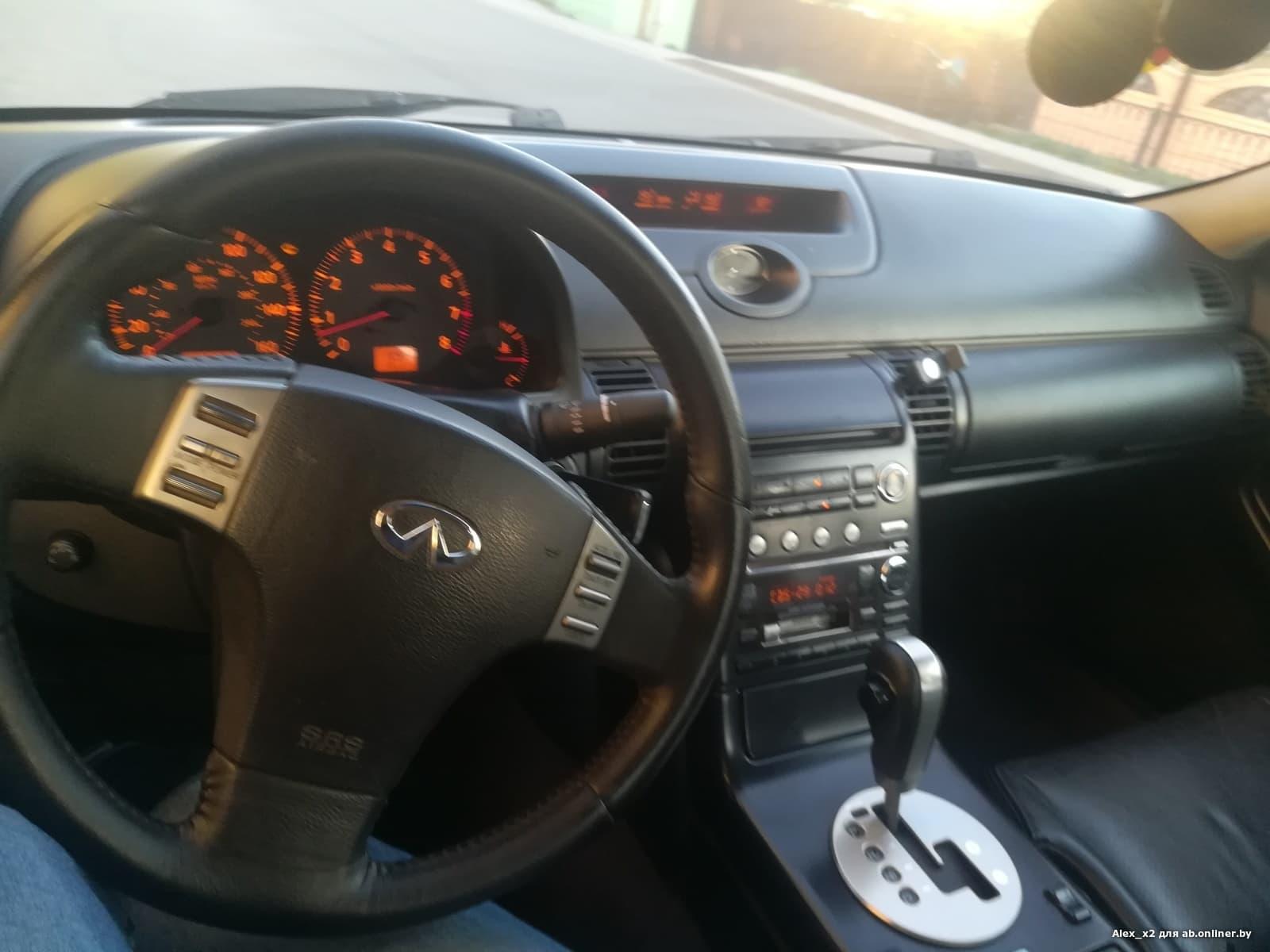 Infiniti G 35 sport sedan