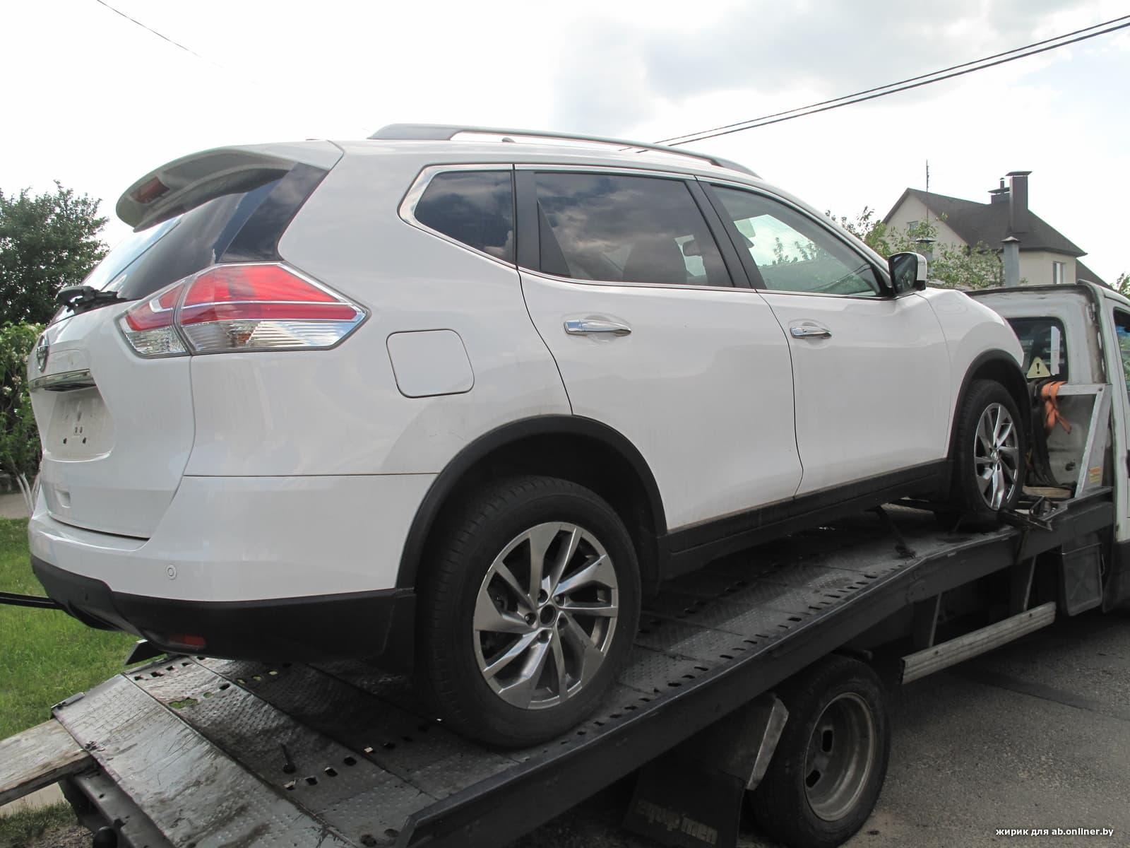Nissan X-Trail (T32) LE plus