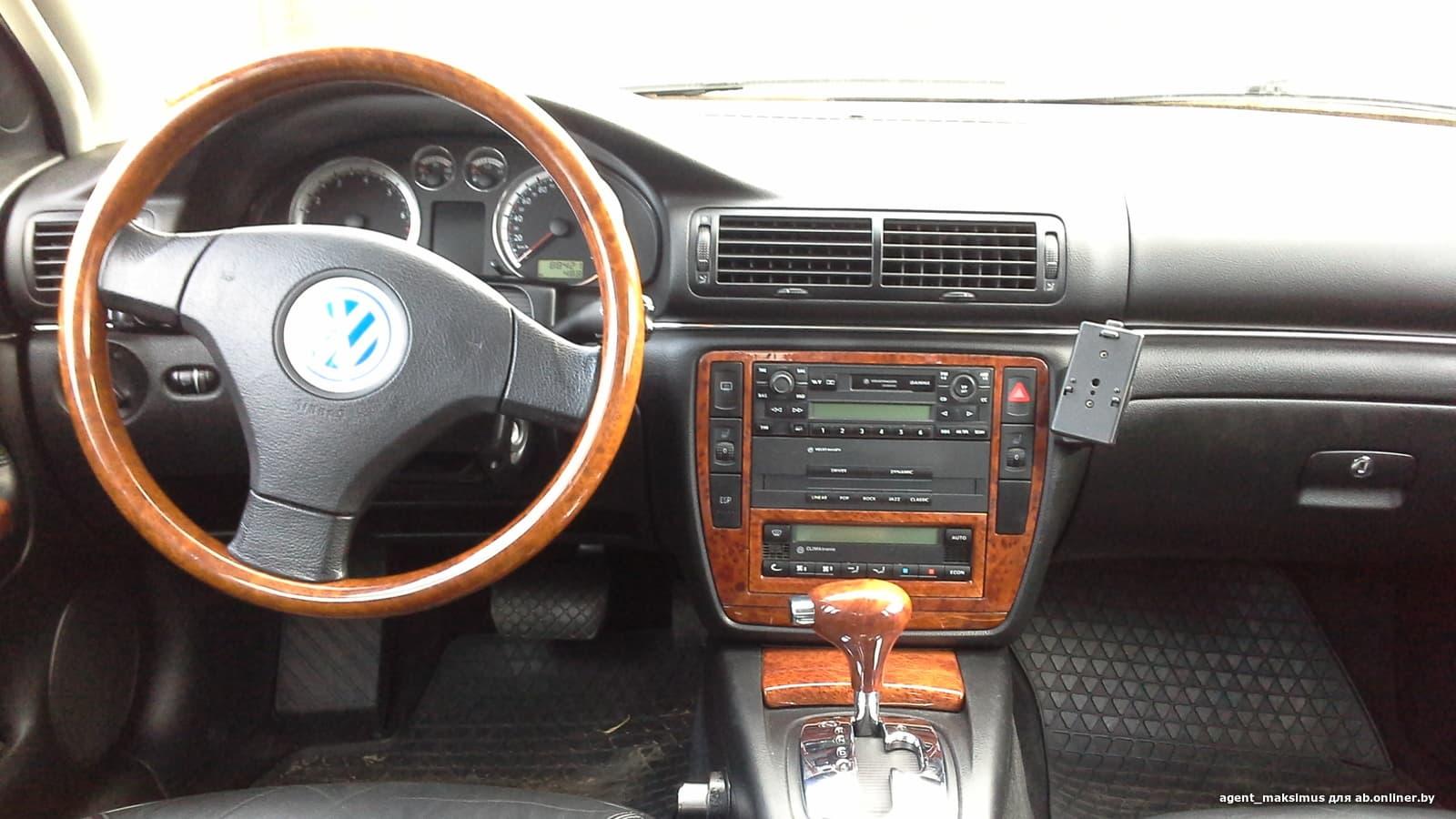 Volkswagen Passat GP W8