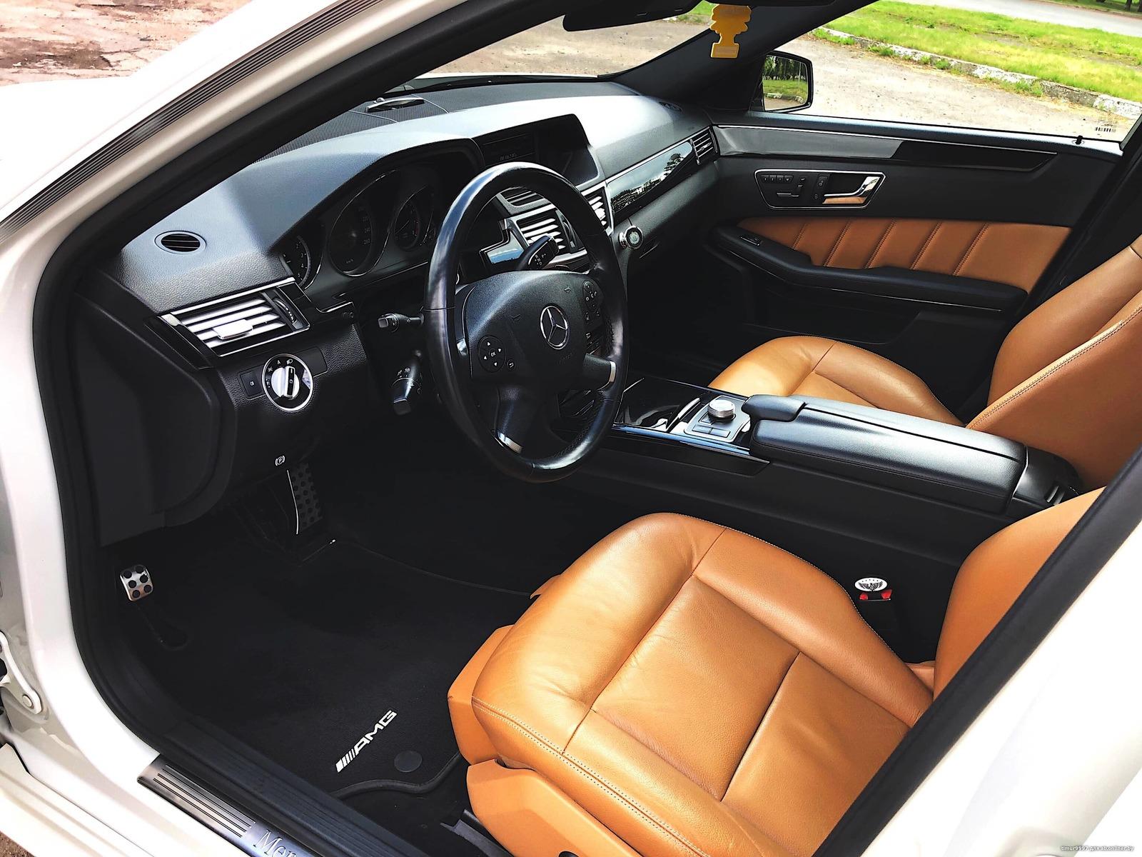 Mercedes-Benz E350 4Matic AMG Avangarde