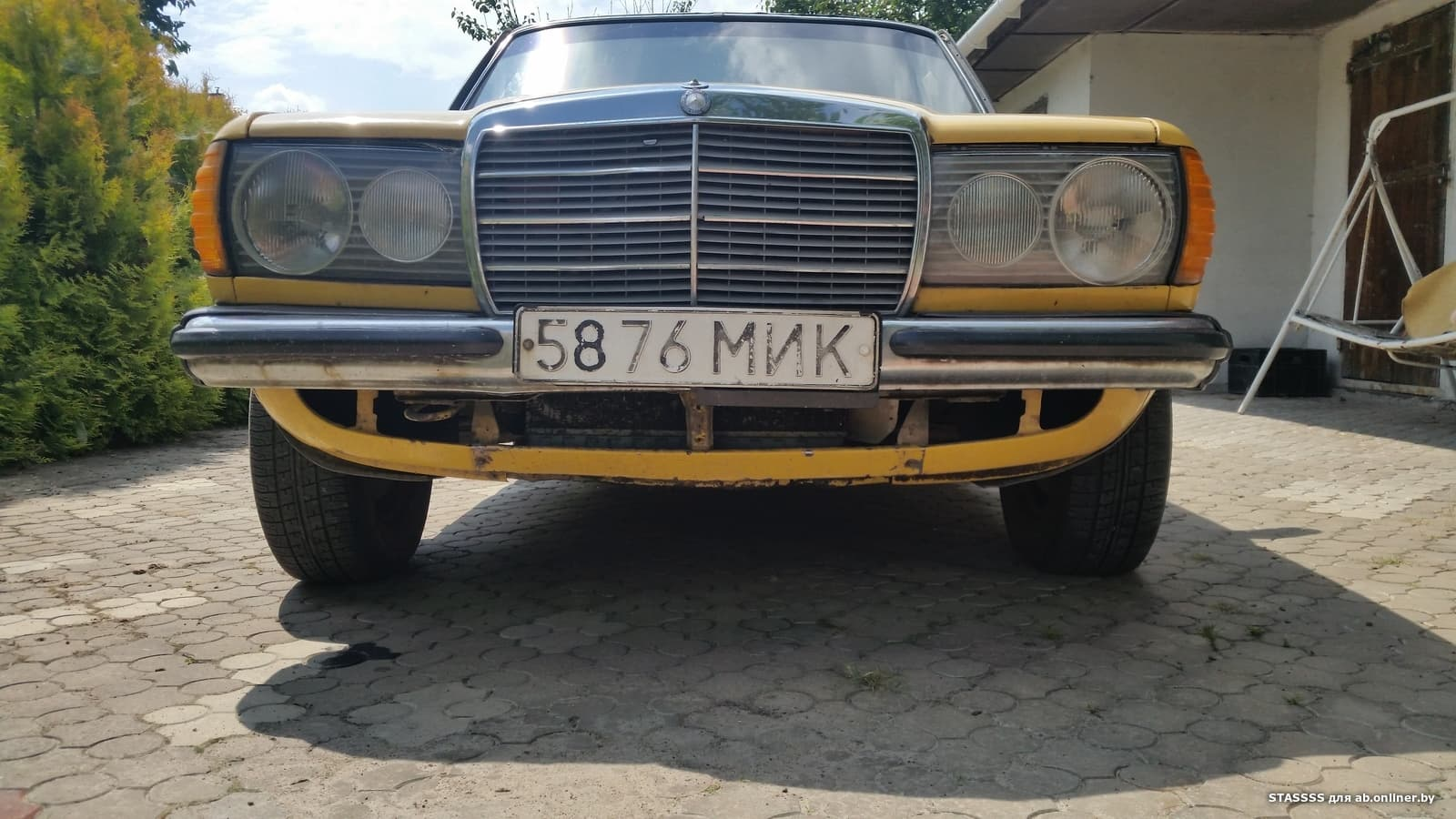 Mercedes E200 w123