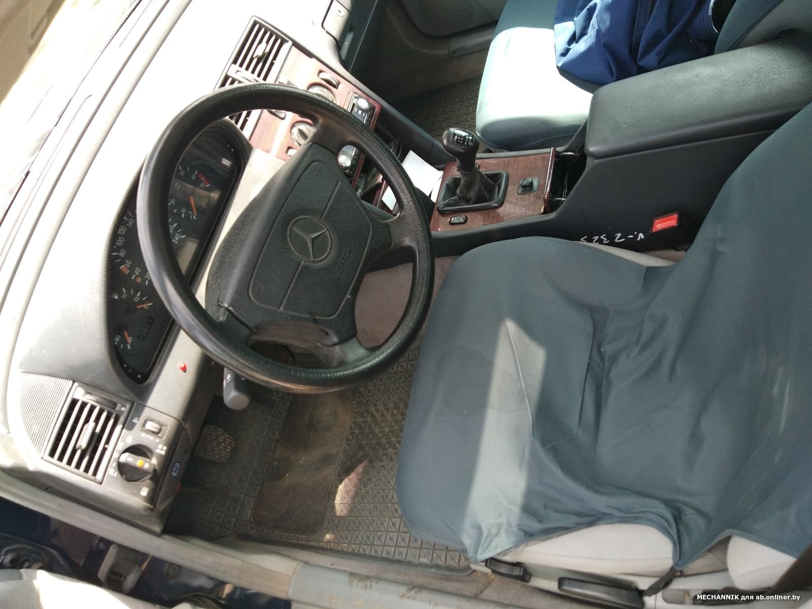 Mercedes-Benz C180 CLASSIC