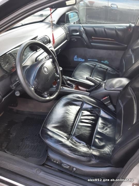 Opel Omega Cadillac Catera