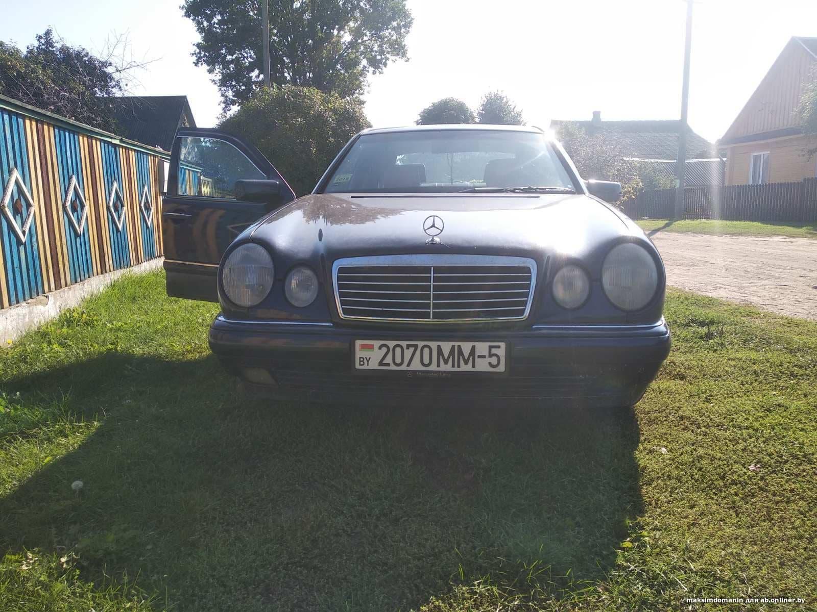 Mercedes-Benz E200 W210