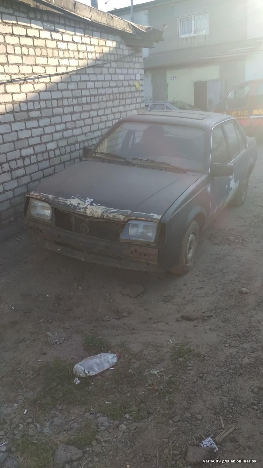 Opel Ascona D