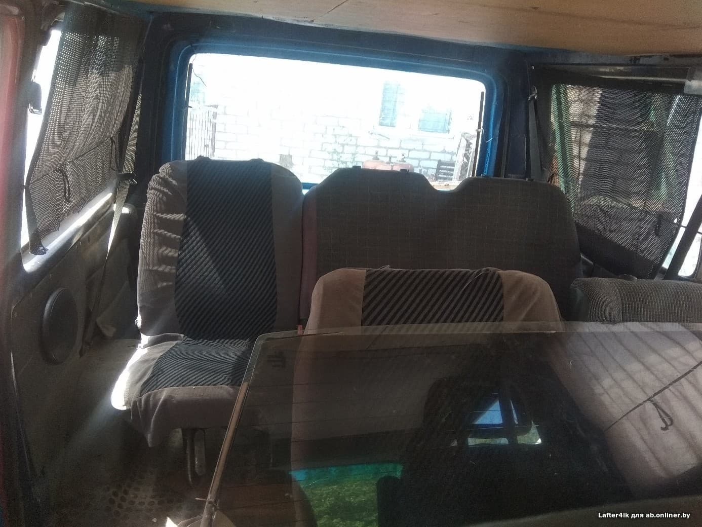 Ford Transit посажир