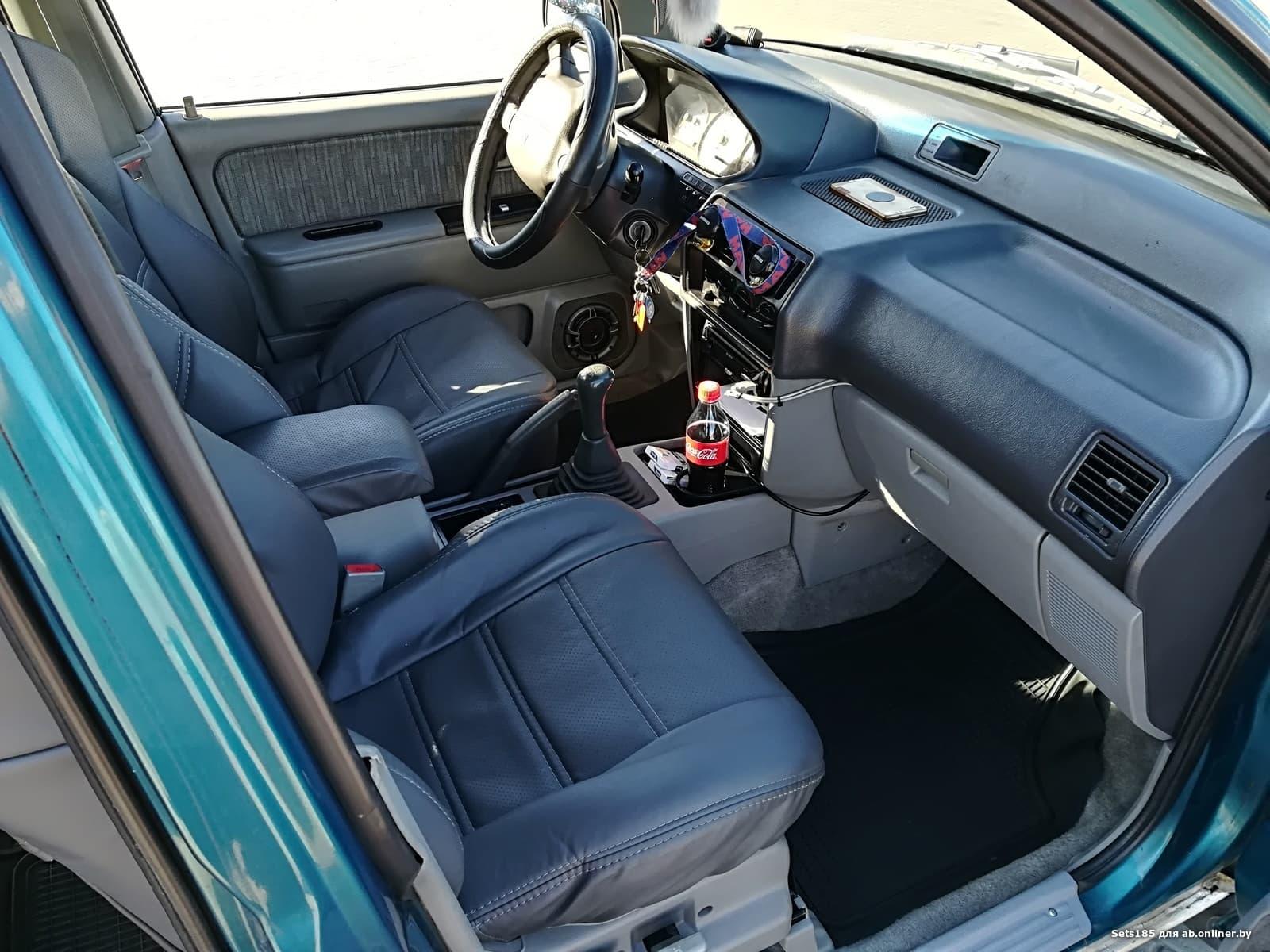 Mitsubishi Space Runner GLXI плюс мои 3000$