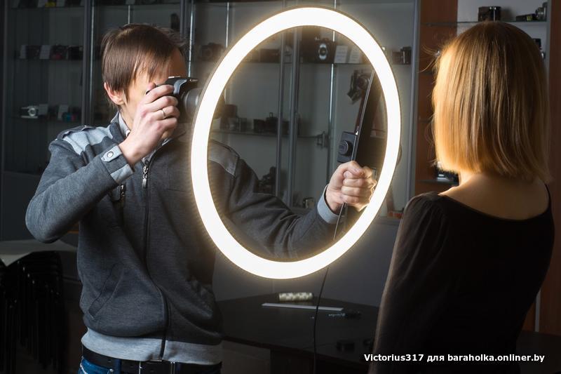 Круглая лампа для фото макияжа