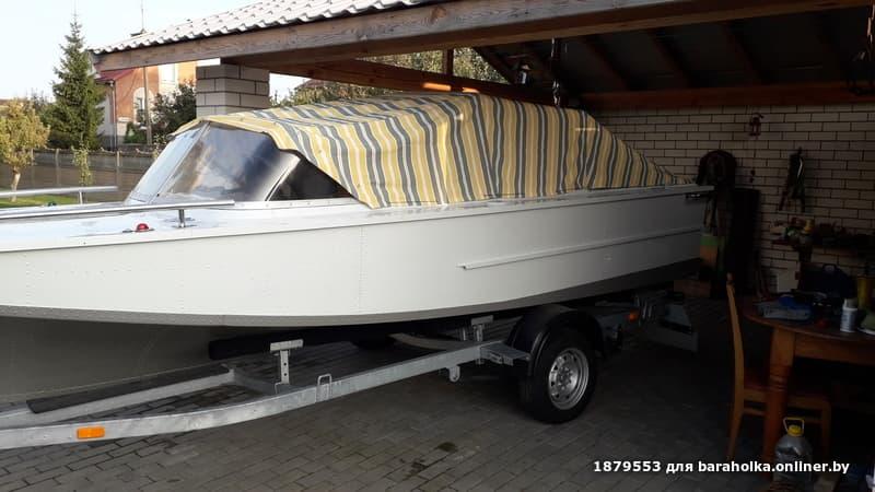 Купит лодку в бресте