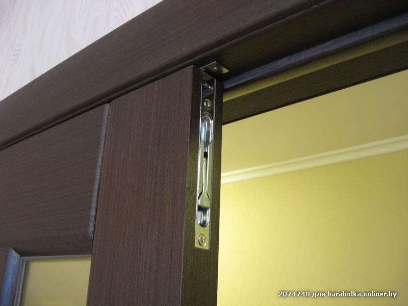 установка распашных дверей металлических москва