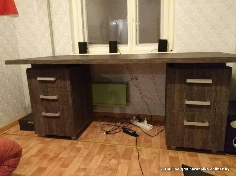 Продам стол письменный офисный большой из egger венге мали -.