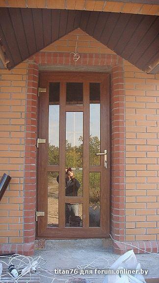 стоит ли ставить входные двери из пвх в загородном доме