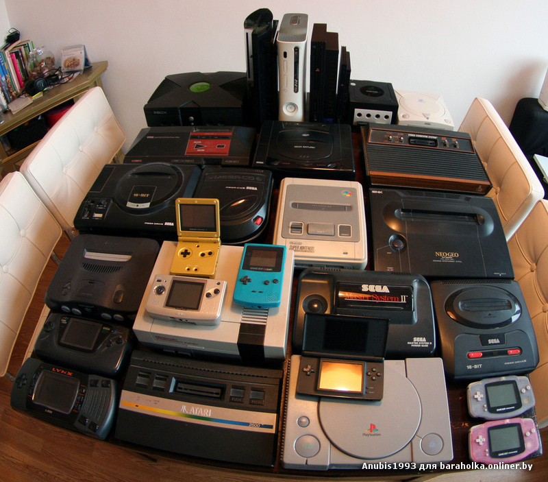 Lots_of_consoles_500.jpg