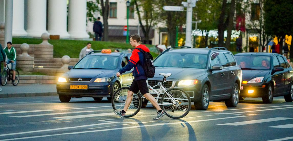 Белорус рассказал, как примирить автомобилистов, велосипедистов и пешеходов