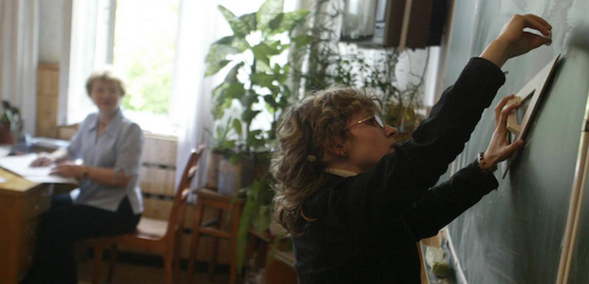 Родители школьников поспорили из-за решебников — нужны или нет?