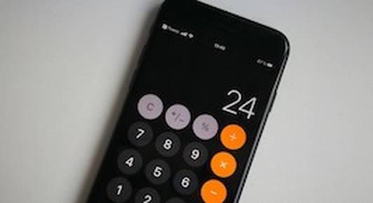 Отрицание. Гнев. Принятие. Белорусы шутят о новом «баге» iPhone