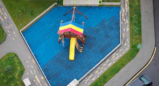 Жители «Новой Боровой» переругались из-за детских площадок