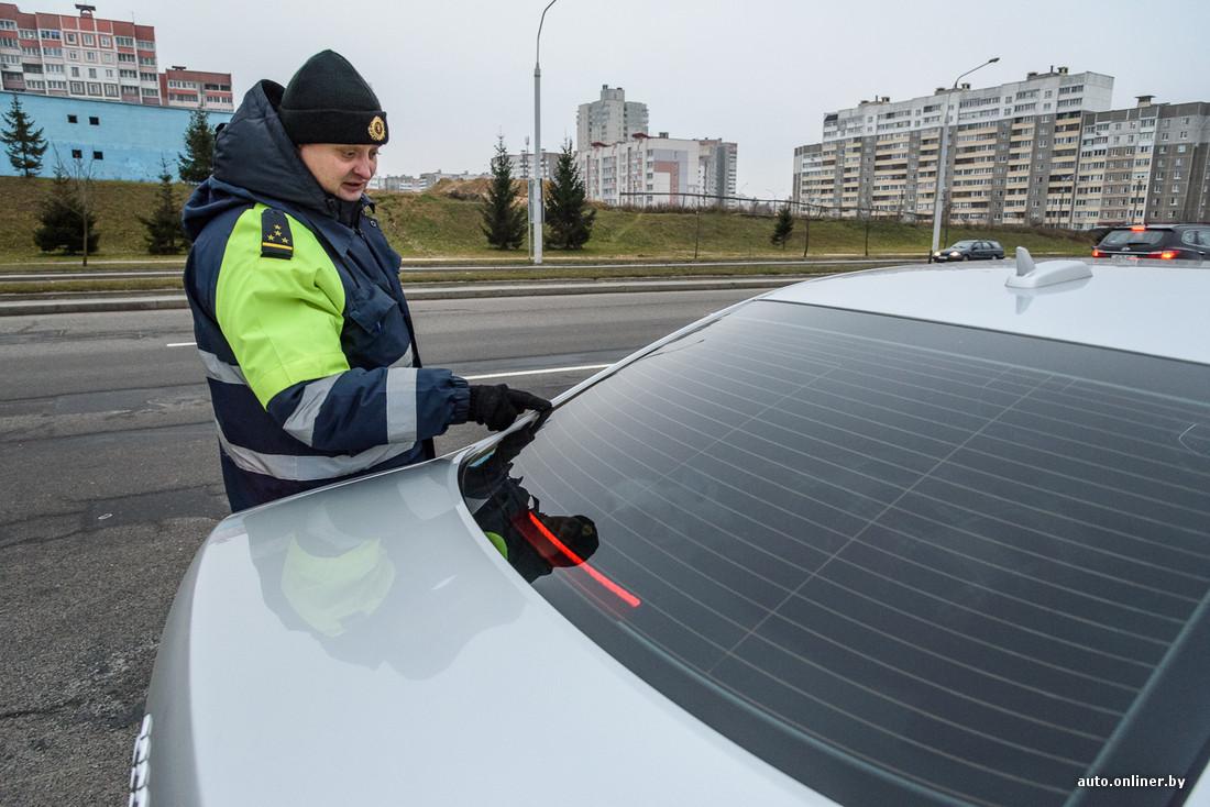 Инспекторы ДПС устраивают облаву на тонированные автомобили