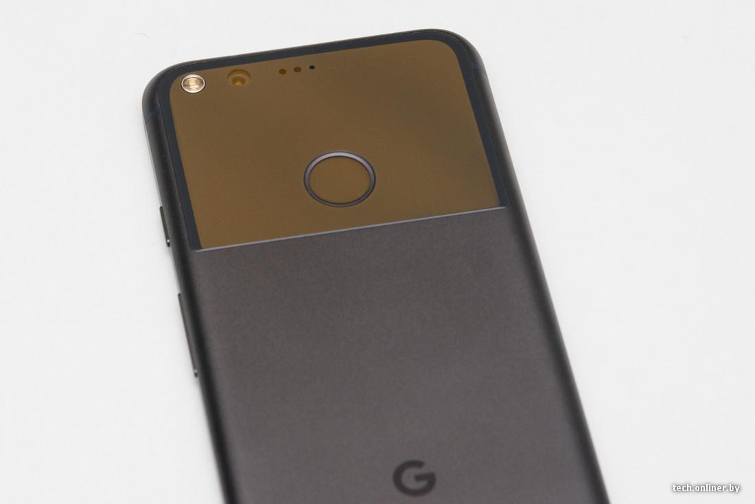 Может быть, дизайнеры Google хотели скопировать iPhone (на это намекает  фронтальная панель и две трети крышки), но в последний момент одумались и  ... cec3d522a18