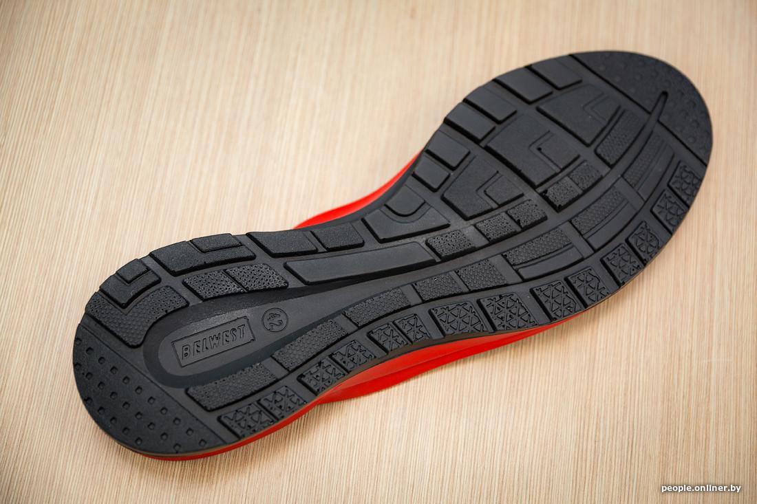 Это довольно тяжелые изделия и совсем не про кроссовки. В итоге подошвы для  них льются из полимерного материала на основе полиуретана. 3d48455f41b