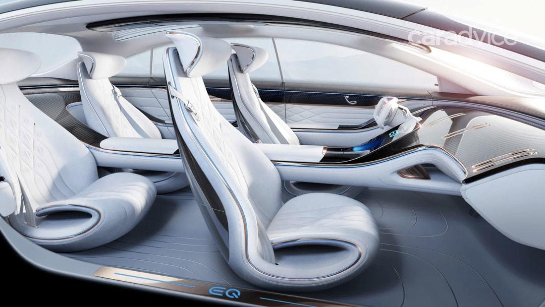 Компания Mercedes показала автомобильный интерьер будущего
