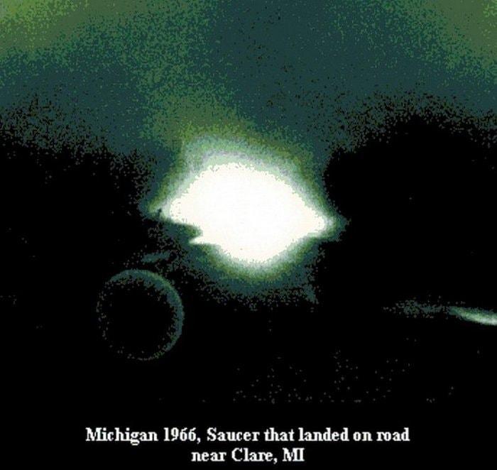 История программы «Синяя книга» по изучению НЛО в США. Проекты Sign, Grudge и Синяя (голубая) книга 93c6fa8438bedf8280c17ff7fbe8cdf1