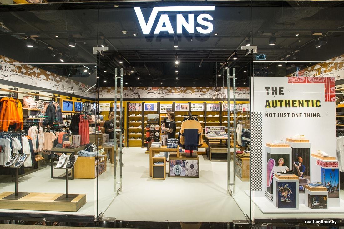 В Польше дешевле на 10—15 рублей». В Минске открылся первый магазин Vans 79c38071e9a0a