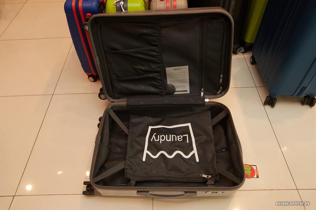 379c71131bee Вот так выглядит матрешка: ручная кладь, средний и большой чемоданы.  Коллекцию можно купить со скидкой.