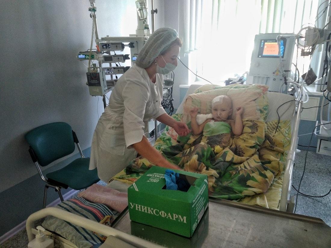 «Первая печень оказалась плохой». Врачи рассказали, как делали трансплантацию отравившимся в Кобрине женщине и ребенку