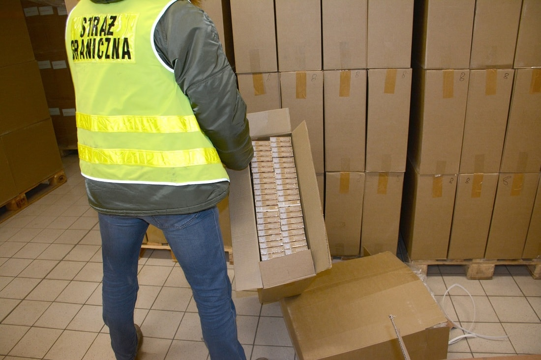Польские пограничники конфисковали сигареты с белорусскими акцизами на $3 миллиона