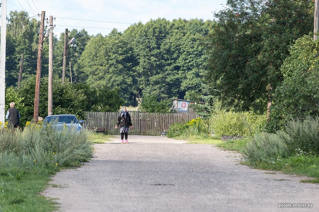 """Репортаж из деревни, в которую во время военных учений на полигоне """"Борисовский"""" попал снаряд 16"""