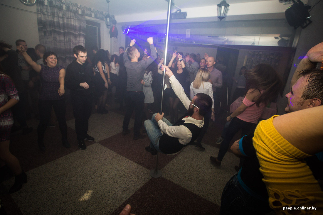 Секс конкурсы среди посетителей в клубе