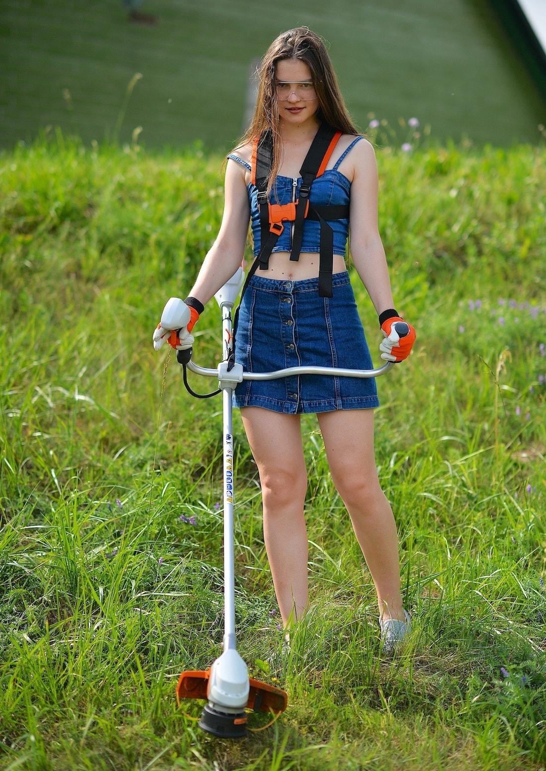Koszenie, nawożenie, nawadnianie i napowietrzanie trawnika