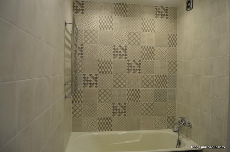 Натяжной потолок в ванне в Миснке