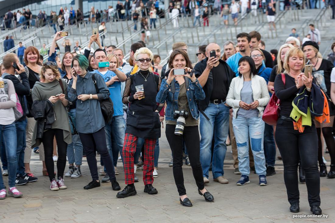 Билеты на концерт депеш мод в минске 2017 афиша москвы кино ужасы