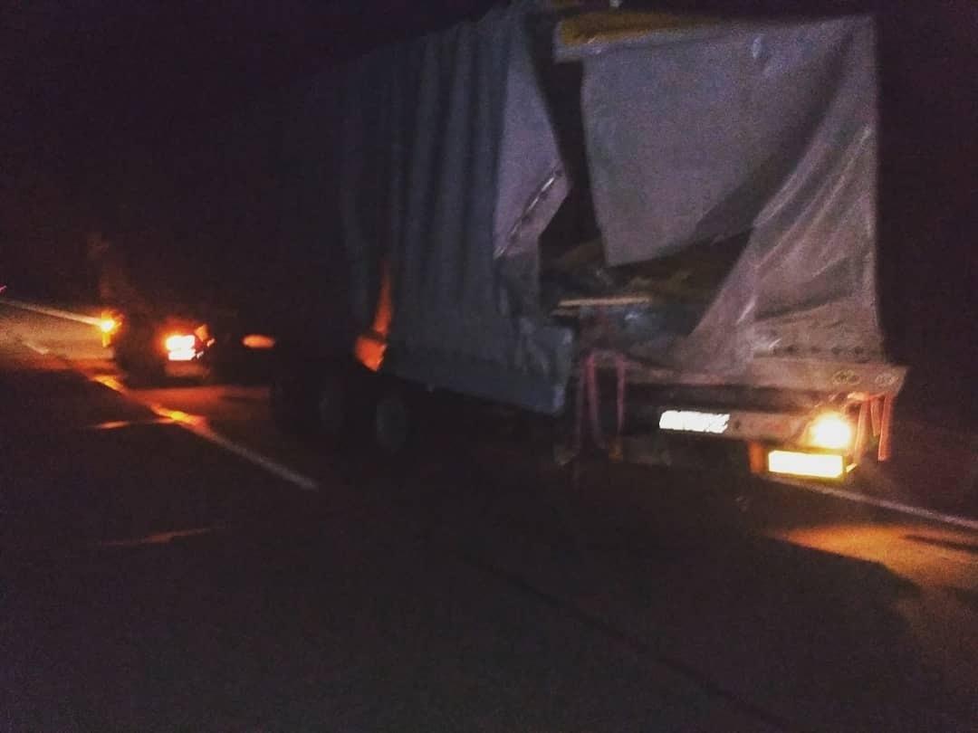 Две фуры столкнулись на трассе М1 в Барановичском районе