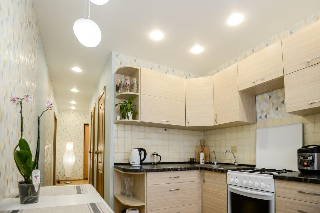 Натяжной потолок на кухне в Минске