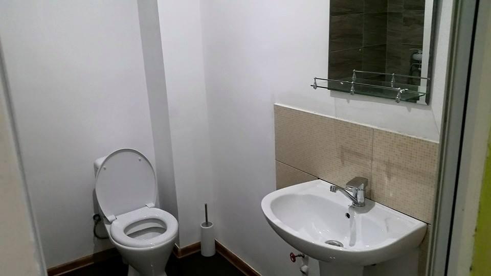 За чей счет меняется сантехника в наемной квартире реферат санузлы и сантехника