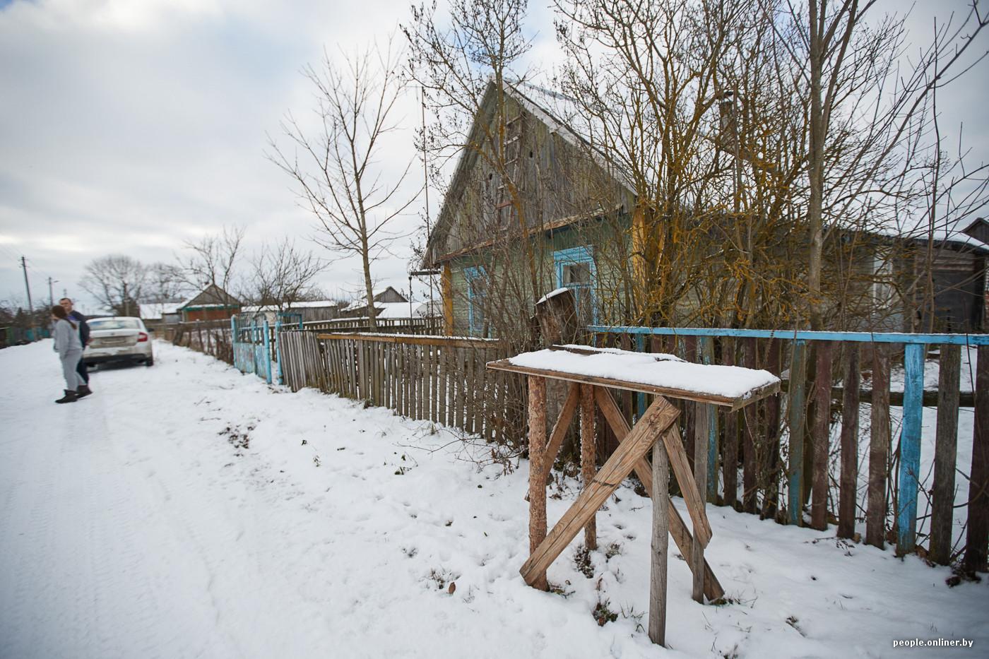 Белорусско-российская пара рассказывает о переезде в глушь и зарплатах в деревне
