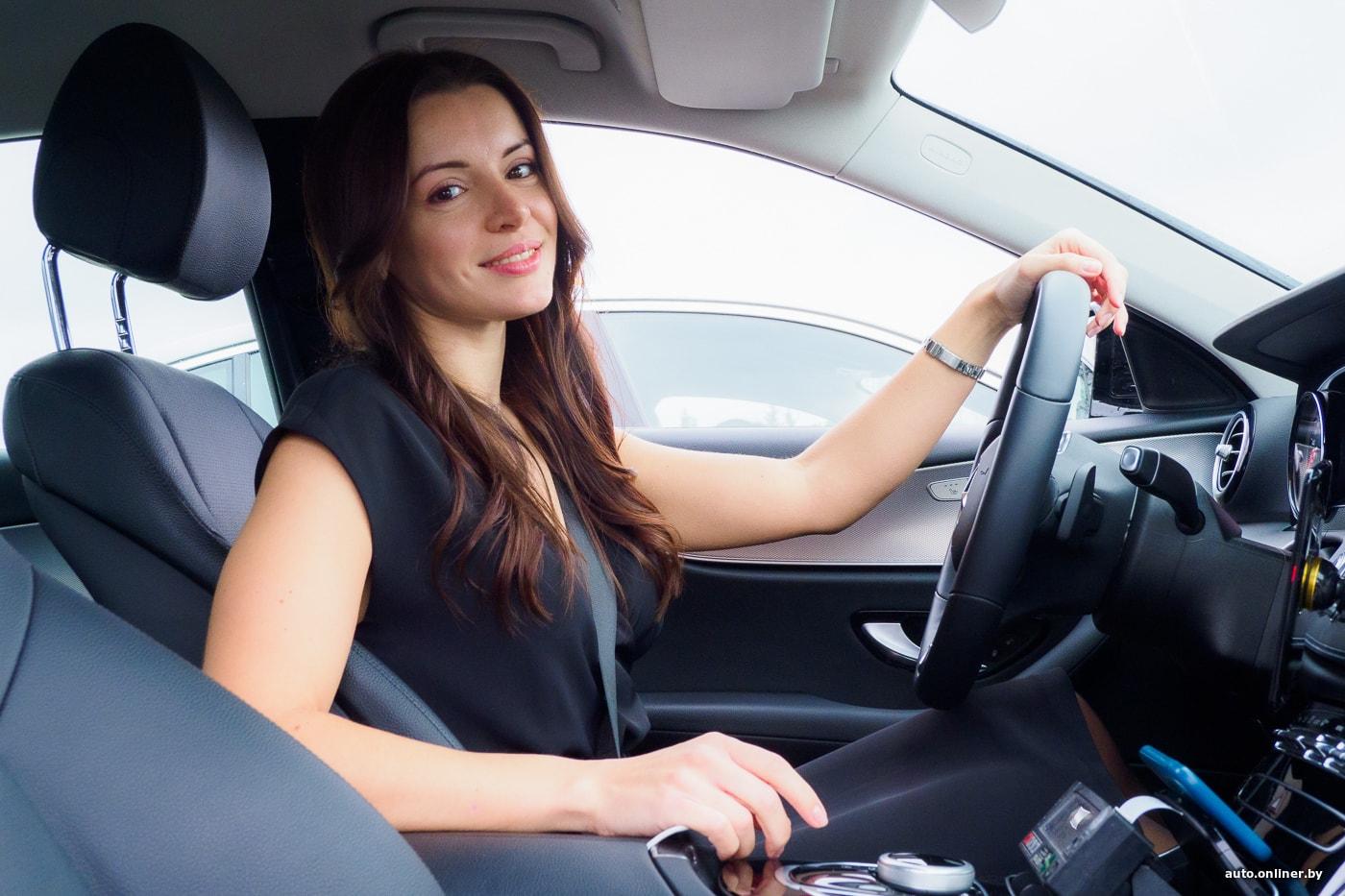 Берут ли девушек на работу в такси веб девушка модель требуется