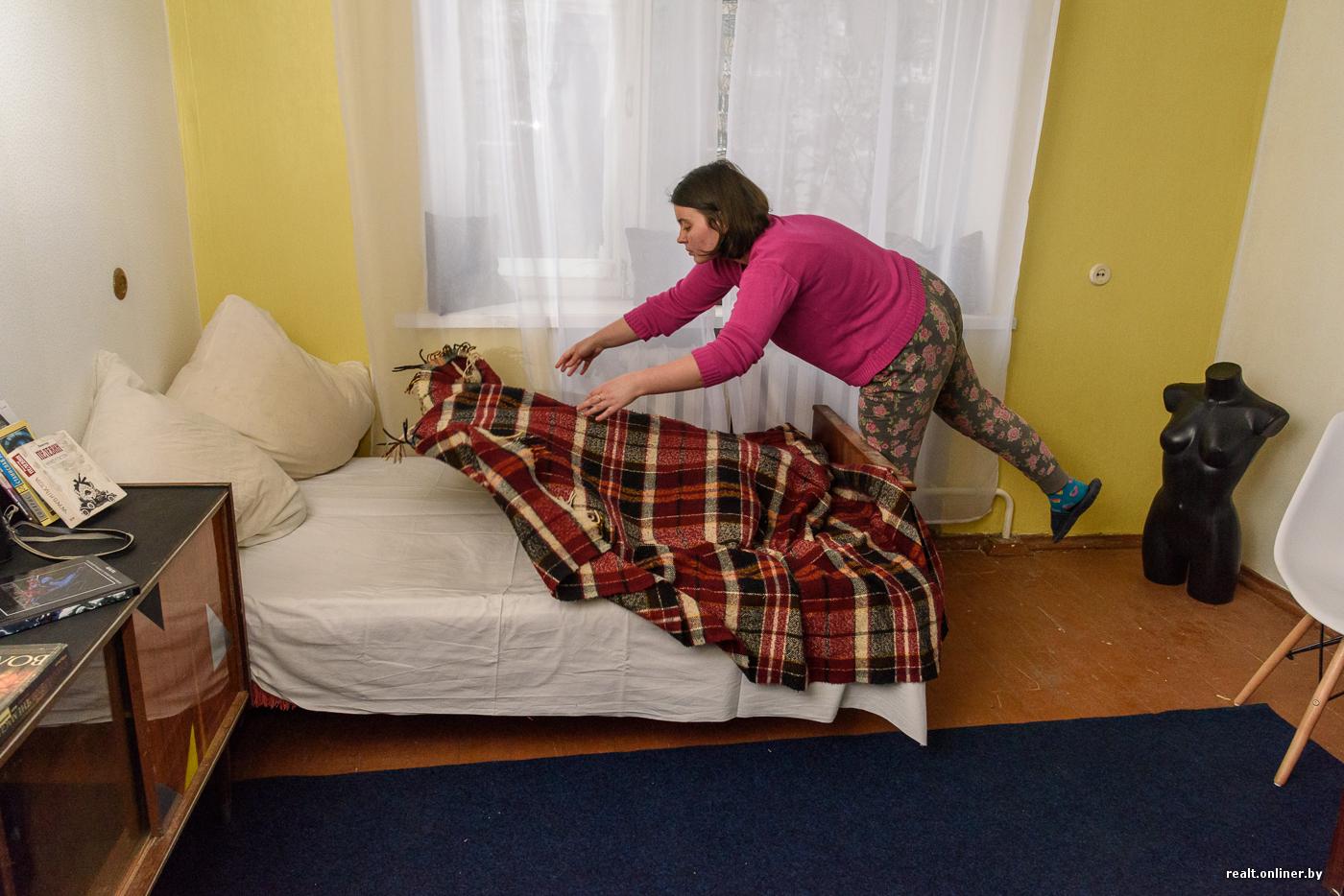 Парочка студентов на одной кровати, поиск видео порно ролики