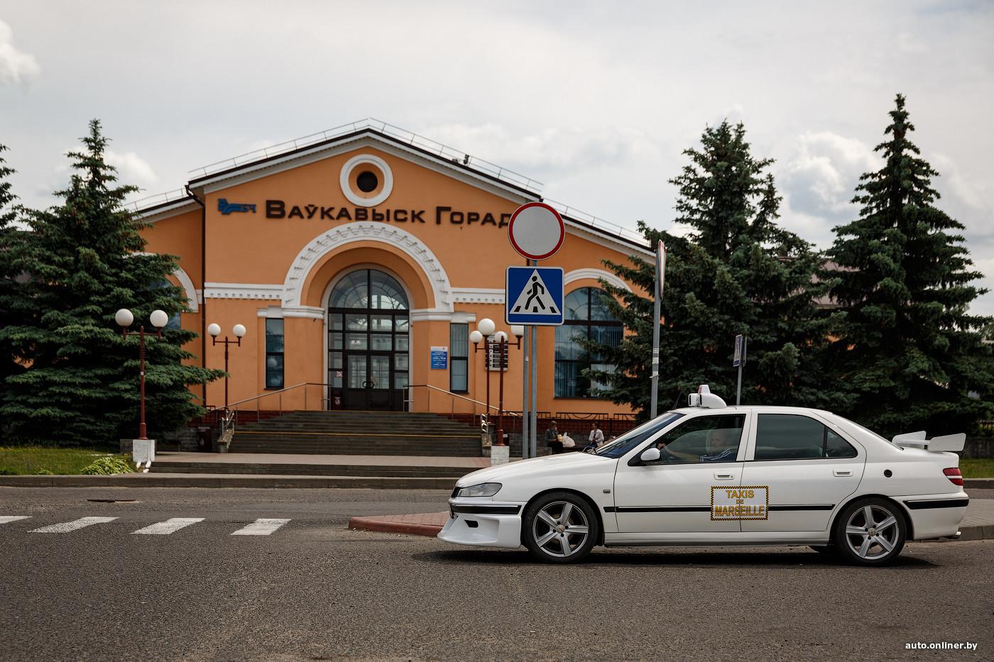 Как в кино. Зачем парень из Волковыска сделал копию Peugeot 406 из фильма «Такси»?