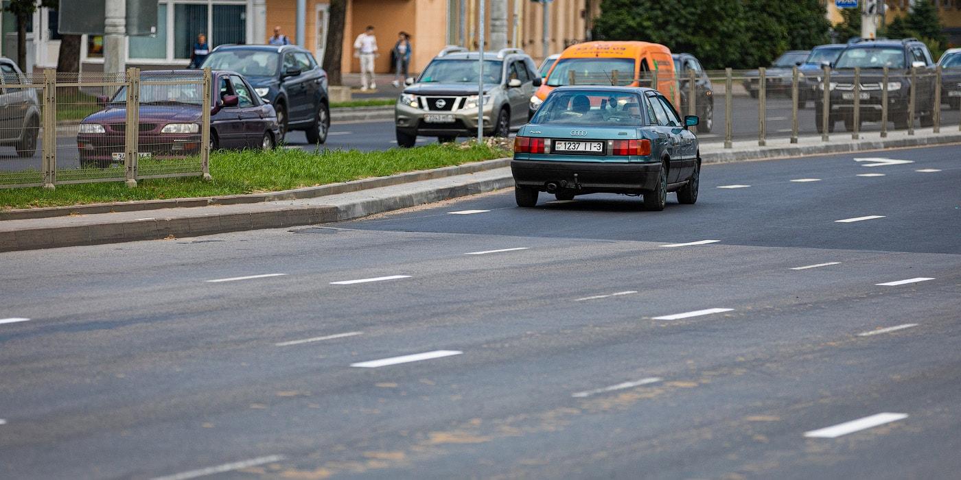 Минск: на Аэродромной водители путаются в разметке