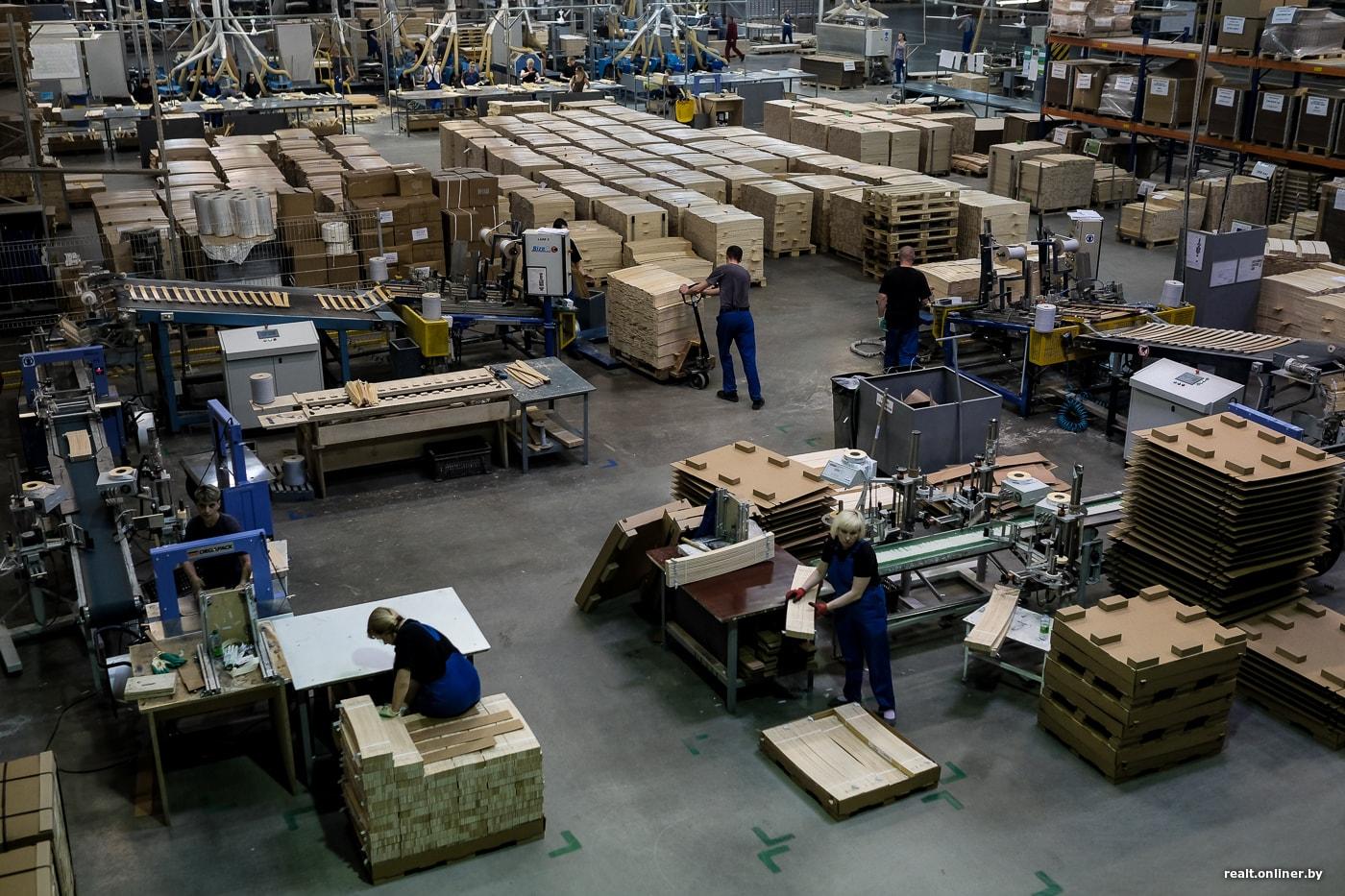репортаж как в беларуси делают мебель Ikea