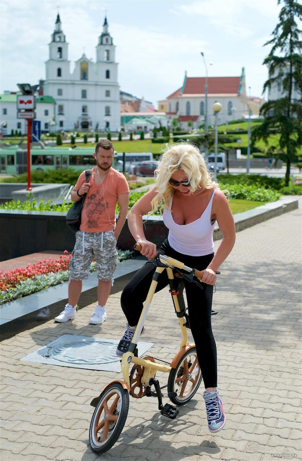 Зато не на работе девушка на велосипеде работа воронеж свежие вакансии для девушек