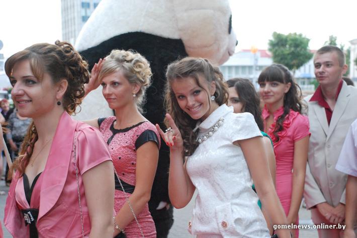 Порно видео с молоденькими 18ними девушками смотреть)