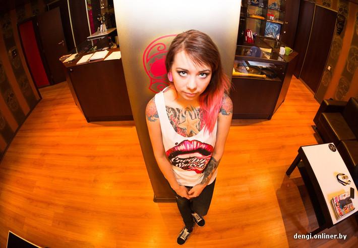 Фанат татуировок придумал классный способ сделать предложение своей девушке (фото) изоражения