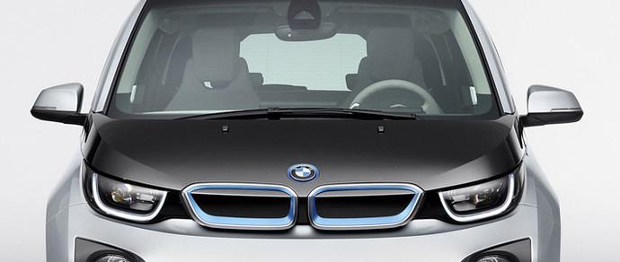 BMW i3 впервые опередил Tesla Model S по объему продаж